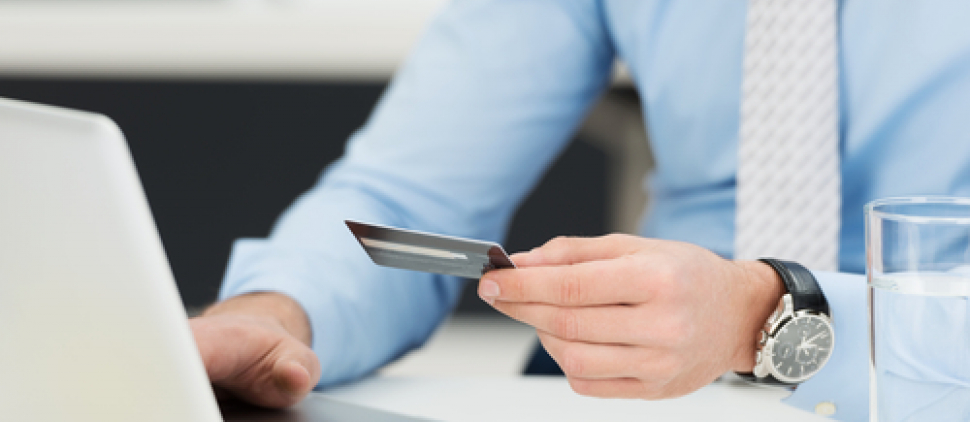 Kvalita obsluhy stávajících klientů bank klesá