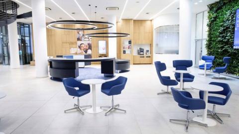 České banky opět zlepšily obsluhu svých klientů